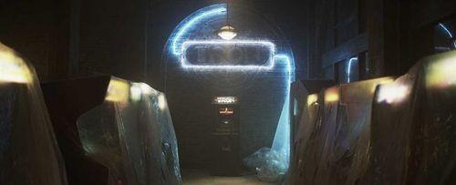 TRON l'héritage - TRON / La borne d'arcade et les néons