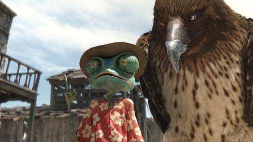 Rango - Rango & le faucon / Johnny Depp & un faux faucon