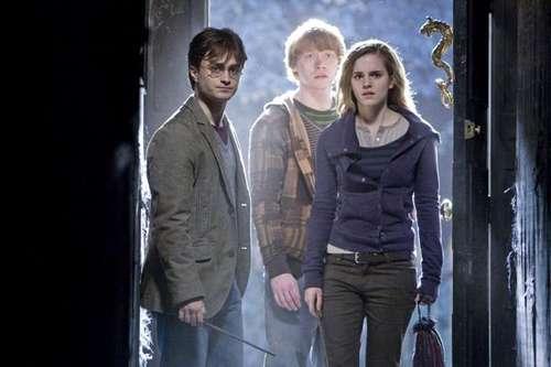 Harry Potter et les reliques de la mort partie 1 - Harry Potter, Ron Weasley & Hermione Granger / Daniel Radcliffe, Rupert Grint & Emma Watson