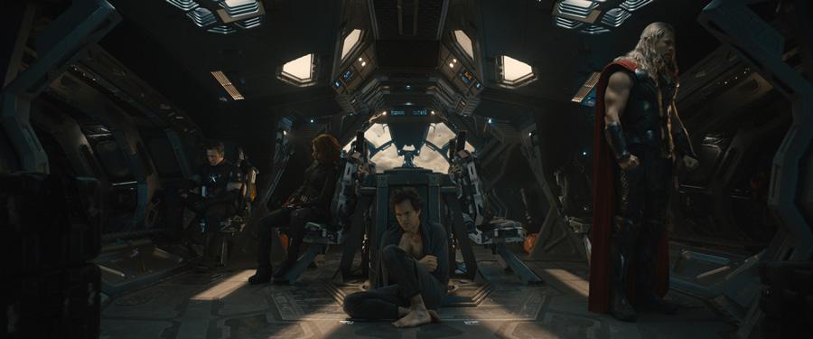 Avengers Age of Ultron - Captain America, Black Widow, Bruce Banner & Thor / Chris Evans, Scarlett Johansson, Mark Ruffalo & Chris Hemsworth