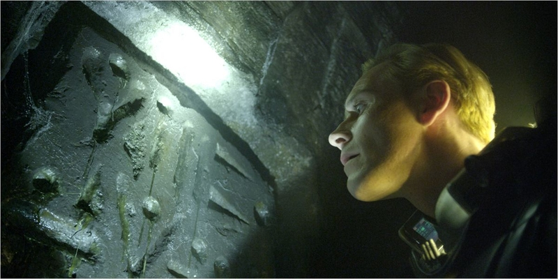 Prometheus - 02 - David / Michael Fassbender