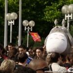 Japan Expo 9ème Impact 01 - 060708 - Totoro dans la file d'attente