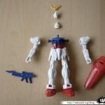 Maquette Strike Gundam 1/144eme 06 - 290808