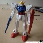 Maquette Strike Gundam 1/144eme 07 - 290808
